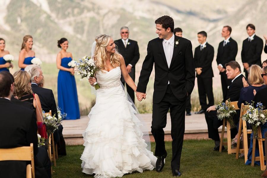 Bride and groom walking down aisle | San Sophia Telluride wedding | Photographer: Cat Mayer Studio