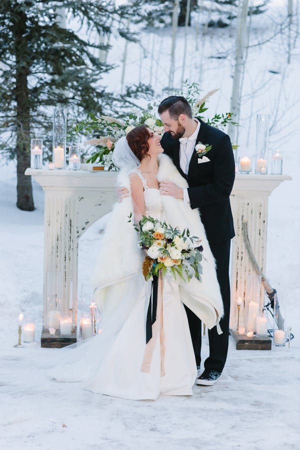 Winter Wedding at Park Hyatt Beaver Creek | Photographer: Cat Mayer Studio | Rentals: Stonewood Vintage