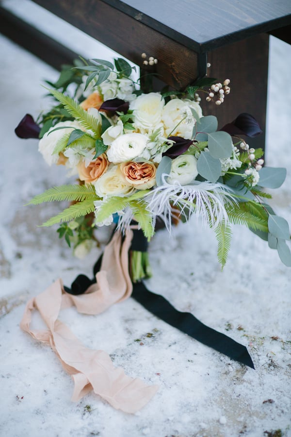 Winter wedding bouquet at Park Hyatt Beaver Creek | Floral design: 3 Leaf Floral | Photographer: Cat Mayer Studio | Rentals: Stonewood Vintage
