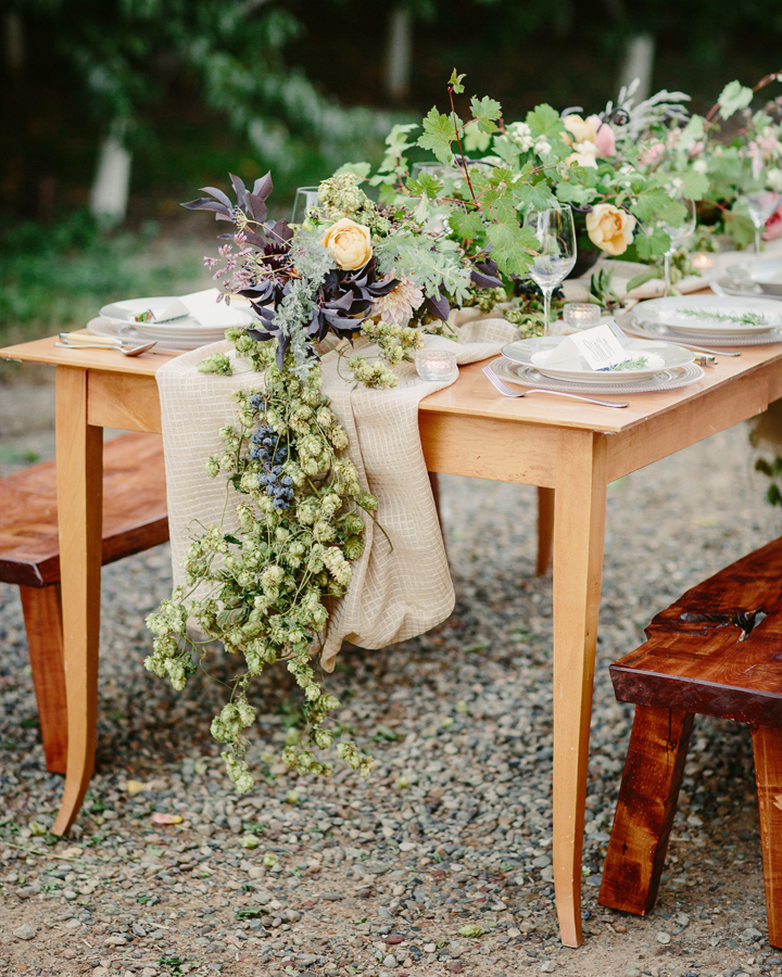 Farm to table wedding design by 3 Leaf Floral | Palisade wedding | Photography by Cat Mayer Studio  | www.catmayerstudio.com