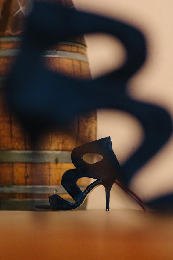 Bride's navy blue wedding shoes | Grand Junction wedding photographer | Cat Mayer Studio | www.catmayerstudio.com