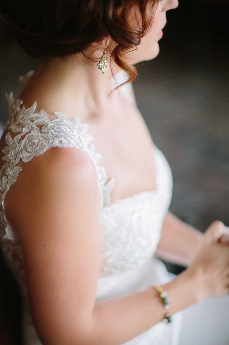 Cat Mayer Studio | www.catmayerstudio.com | Vail Wedding Photography | Bride shoulder detail of dress