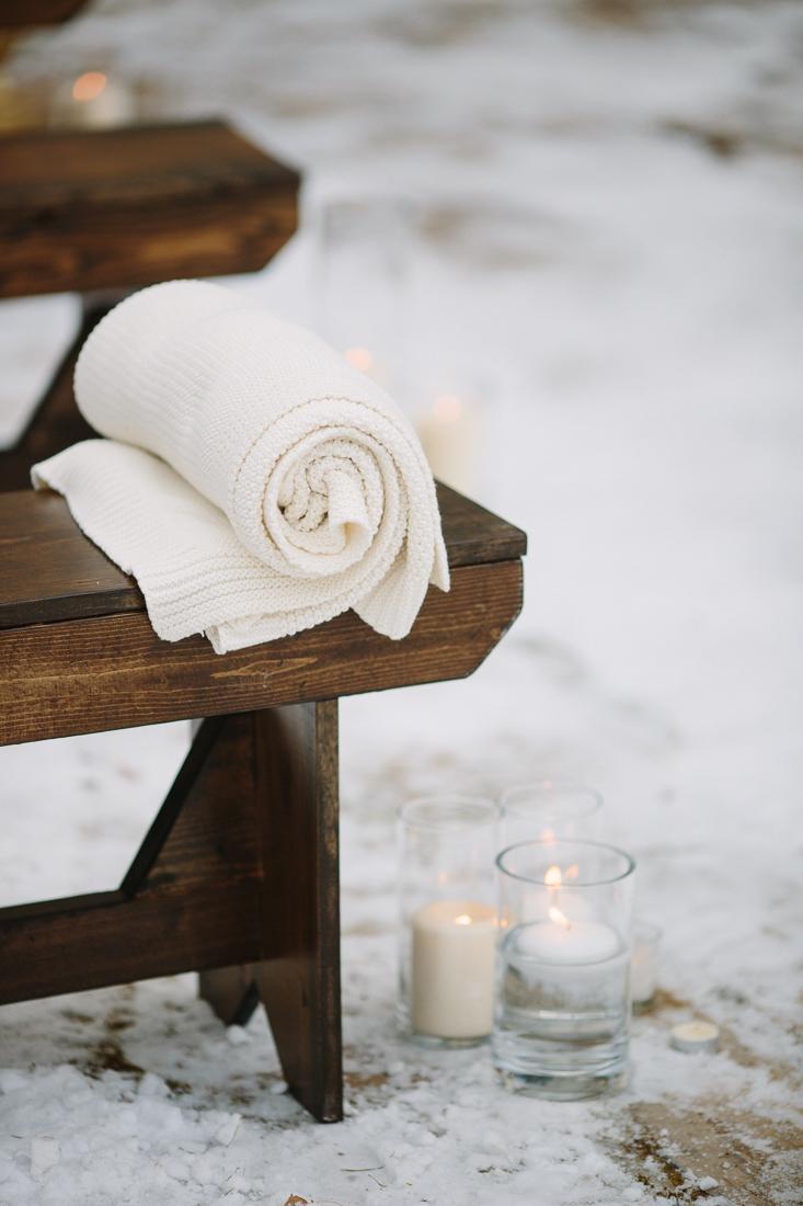 Cat Mayer Studio | www.catmayerstudio.com | Vail Wedding Photography | Stonewood Vintage wood bench blanket and candle wedding rentals