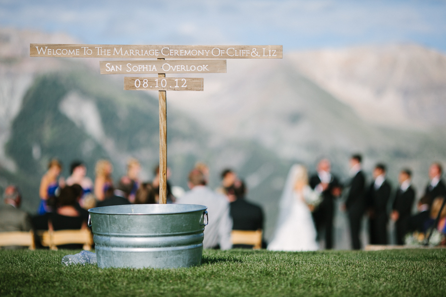 Wedding Ceremony at San Sophia Overlook | Telluride Wedding Photography by Cat Mayer Studio | www.catmayerstudio.com