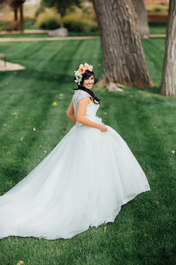 Gateway Colorado Wedding Photography | Ball Gown Wedding Dress with Long Train | Cat Mayer Photography | www.catmayerstudio.com
