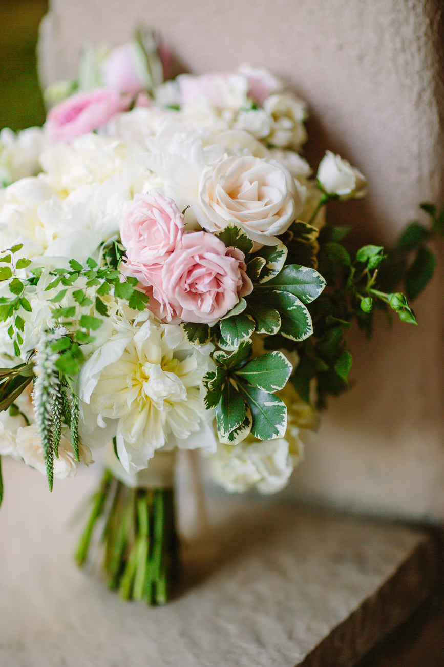 Grand Junction Wedding | Rustic Pink Green and White Bouquet by Anna Be | Cat Mayer Studio | www.catmayerstudio.com