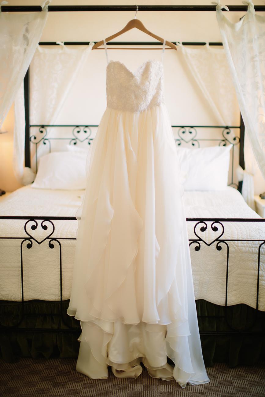 Sweetheart Neckline Wedding Dress | Cay Mayer Studio | www.catmayerstudio.com