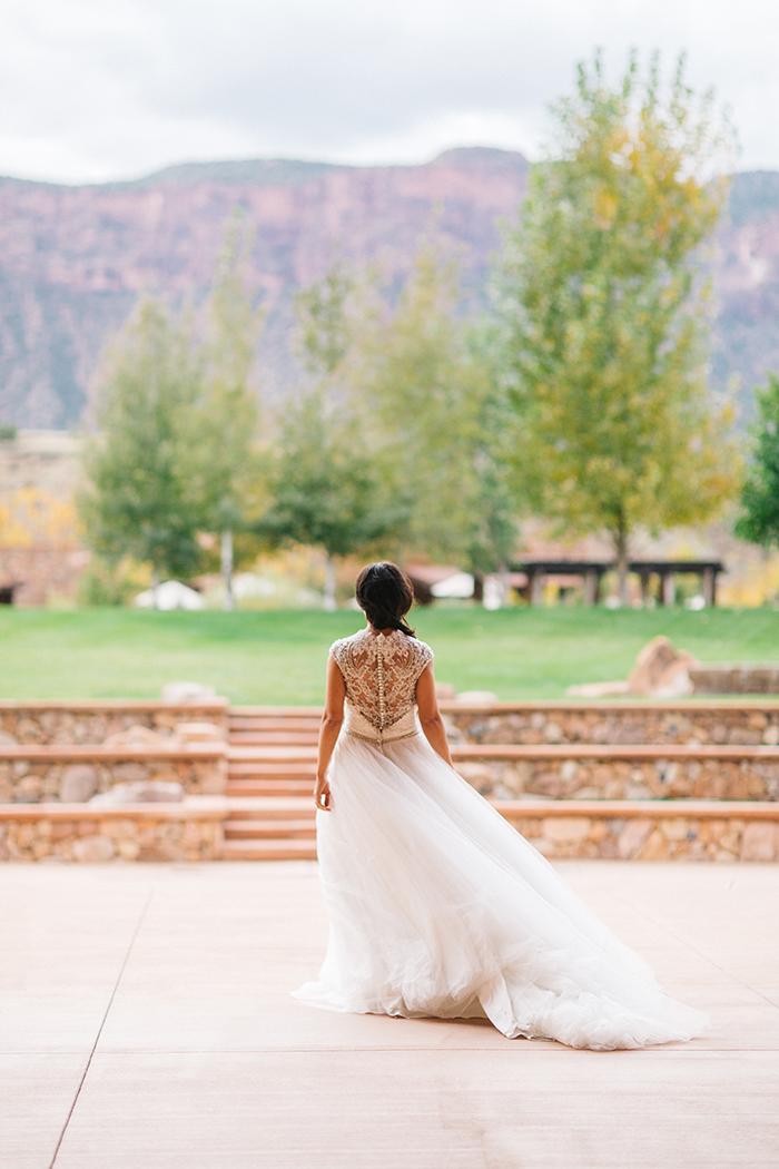 Gateway Colorado Wedding Photography | Red Rock Canyon Styled Bridal Shoot | Cat Mayer Studio | www.catmayerstudio.com