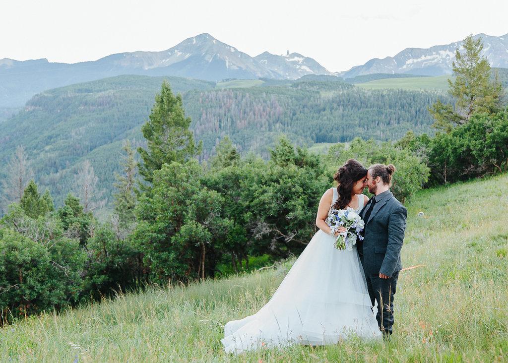 Wedding at Golden Ledge on Last Dollar Road