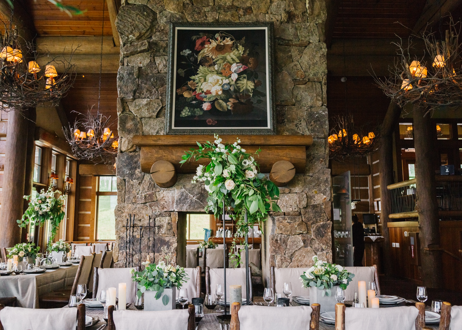 Destination gay wedding at Zach's Cabin at Bachelor Gulch in Beaver Creek, Colorado. Photo: Cat Mayer
