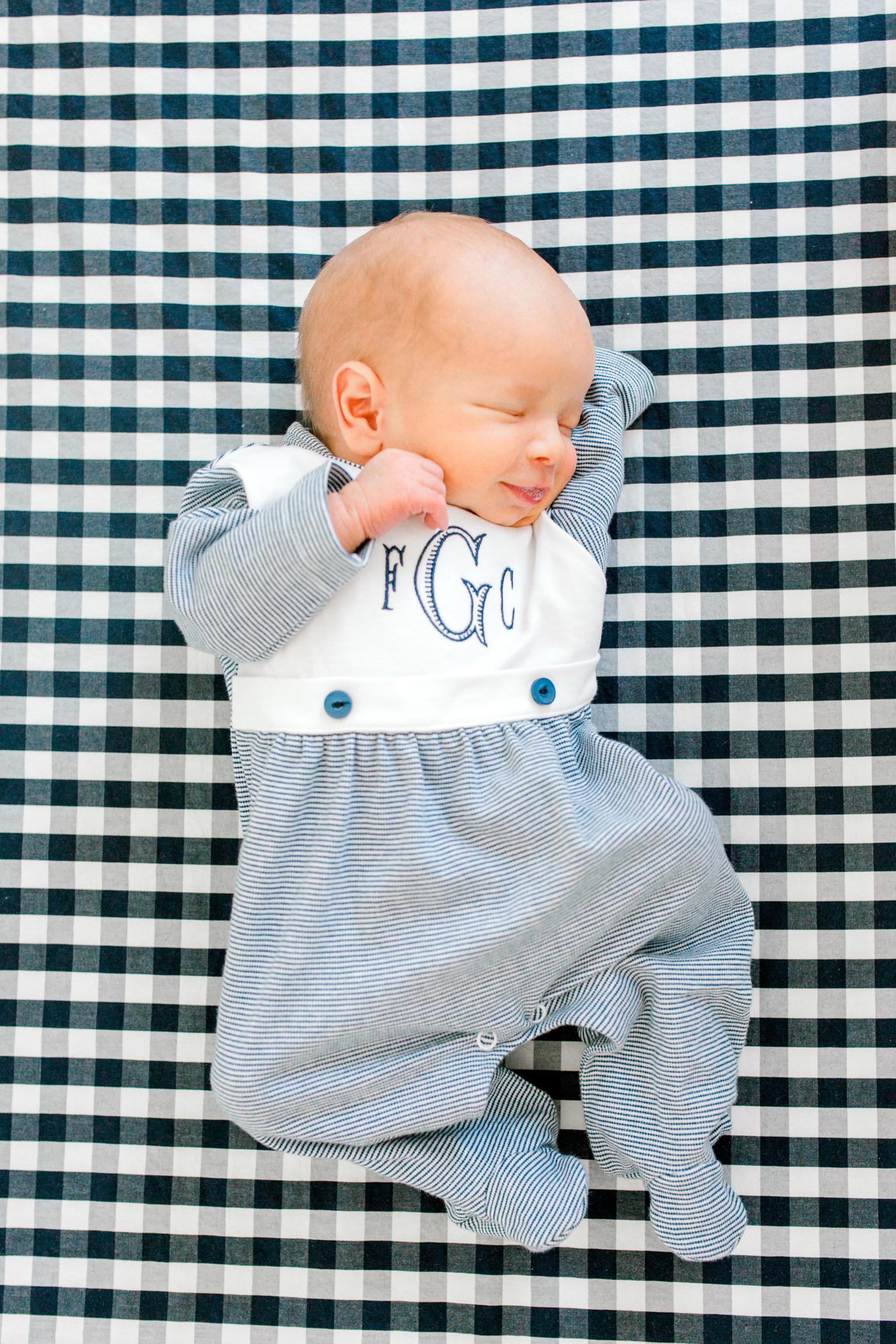 Minneapolis-Newborn-Photographer-30.jpg