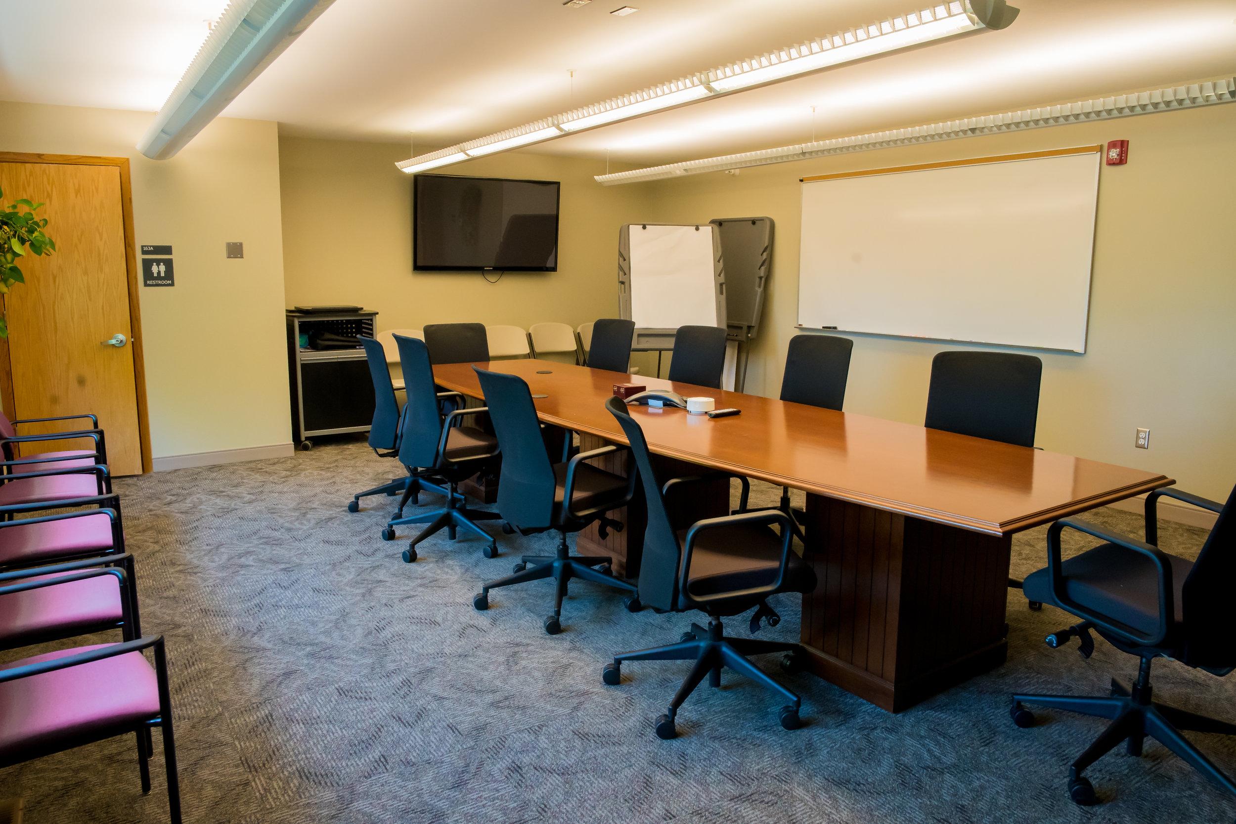 MonTEC Real Estate Gallery-Board Room-7.jpg