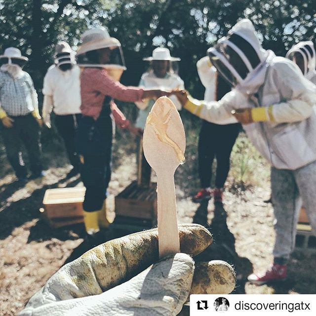 Kelly of @discoveringatx was one of the first to experience our new format hive tours at @txkeepercider! Y'all gotta go check out her stories to see the experience in full. She captured it beautifully.  And Kelly, we may need to hire you to teach us Instagram stories😆😆 #sticktowhatyouknow #whichisnotinstastories