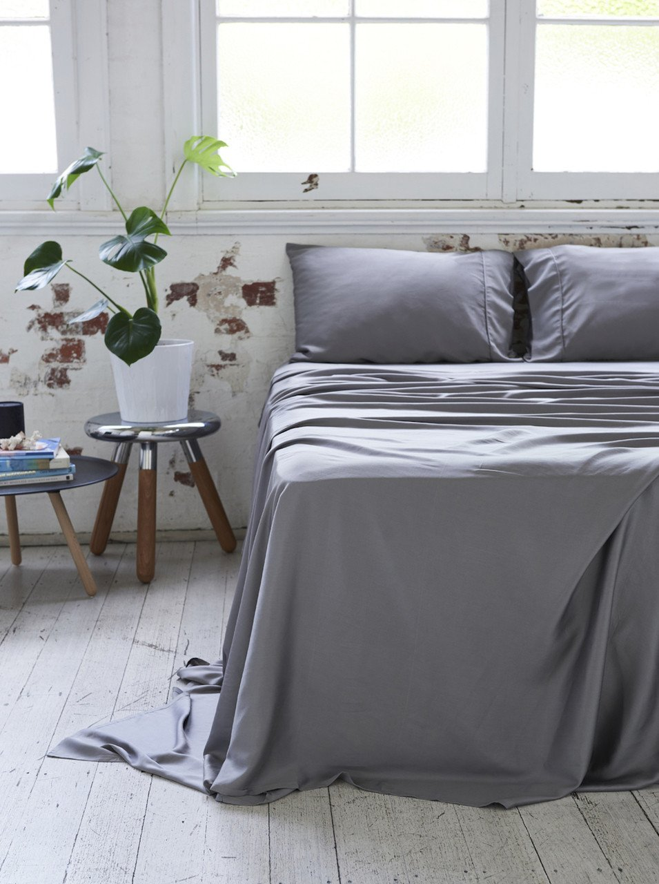 Ettitude Bamboo Sheet Set in Charcoal $200