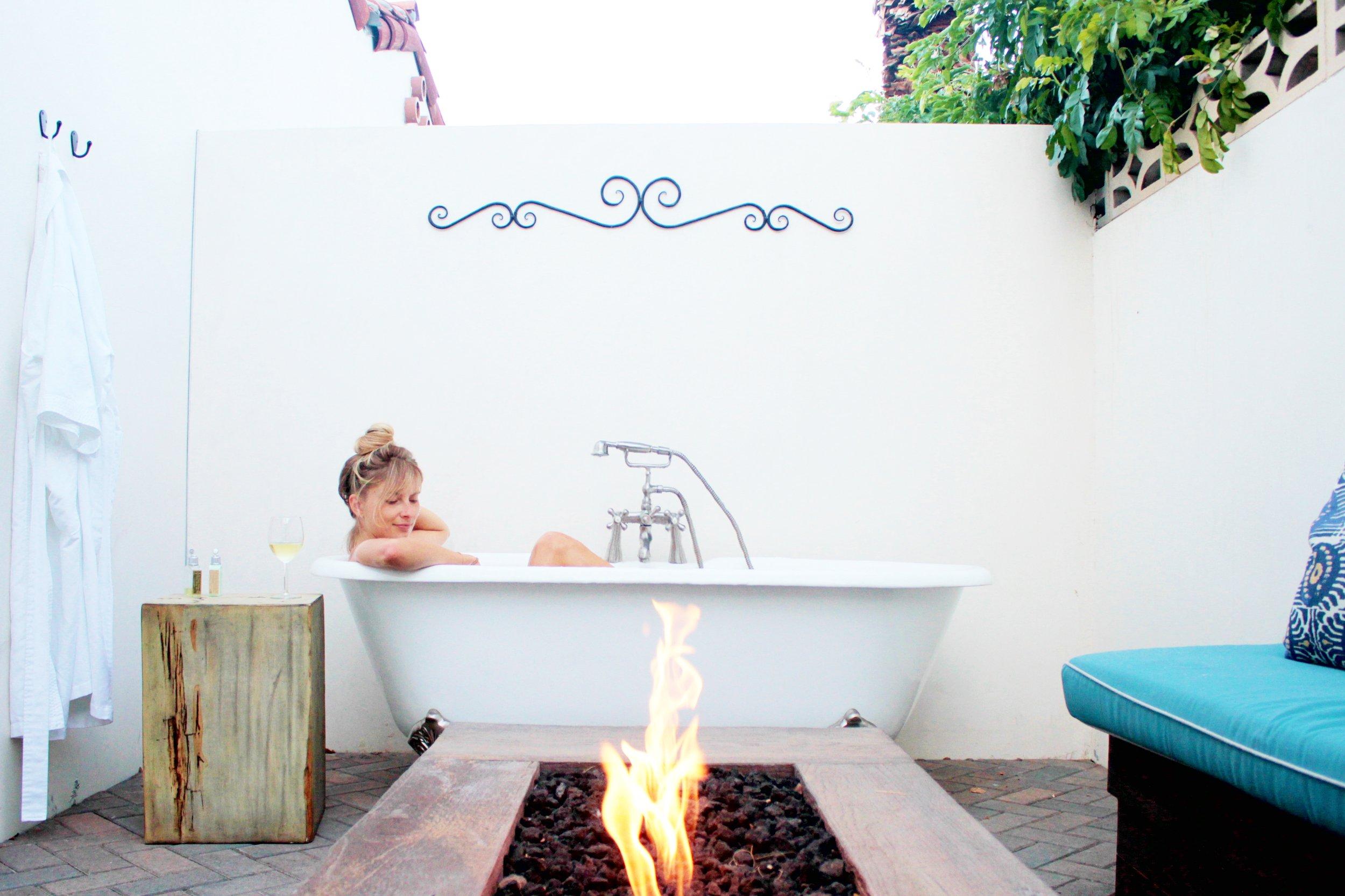 La Serena's private outdoor tub and fire pit