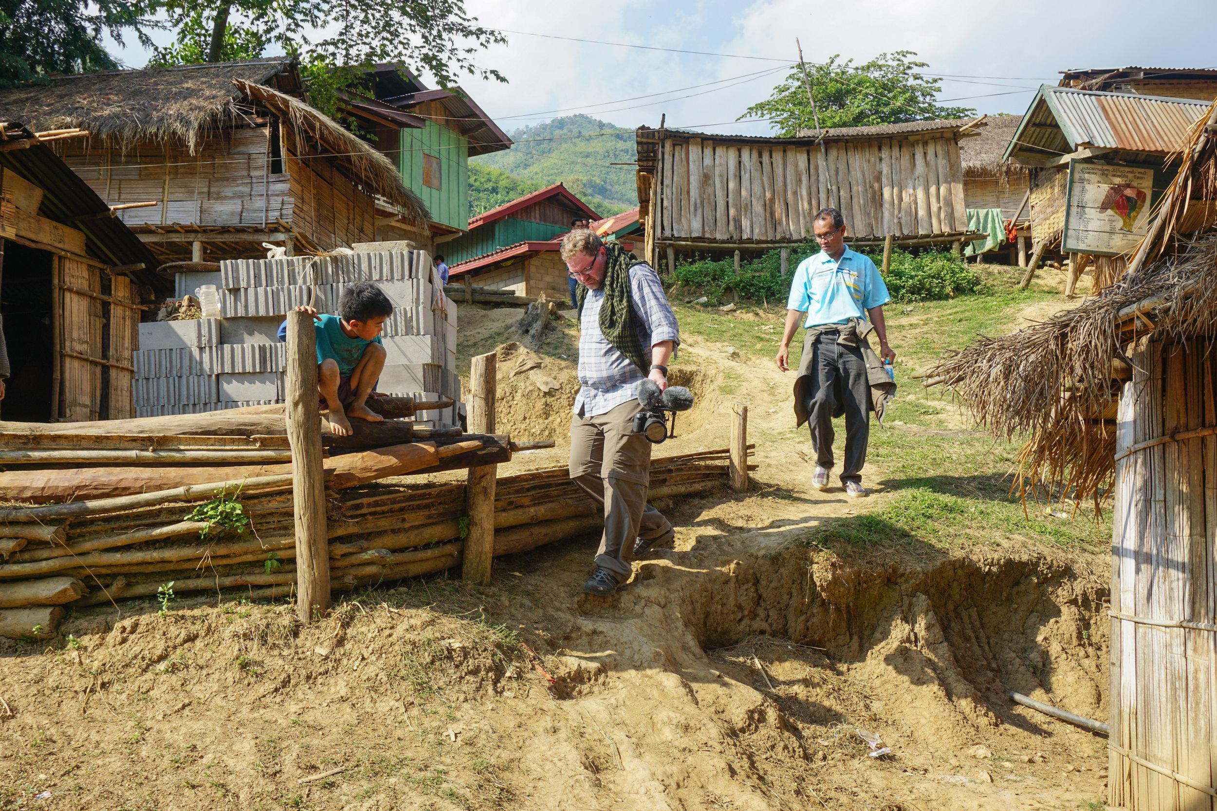 201601-Laos-JoelRabb-S1177-W.jpg