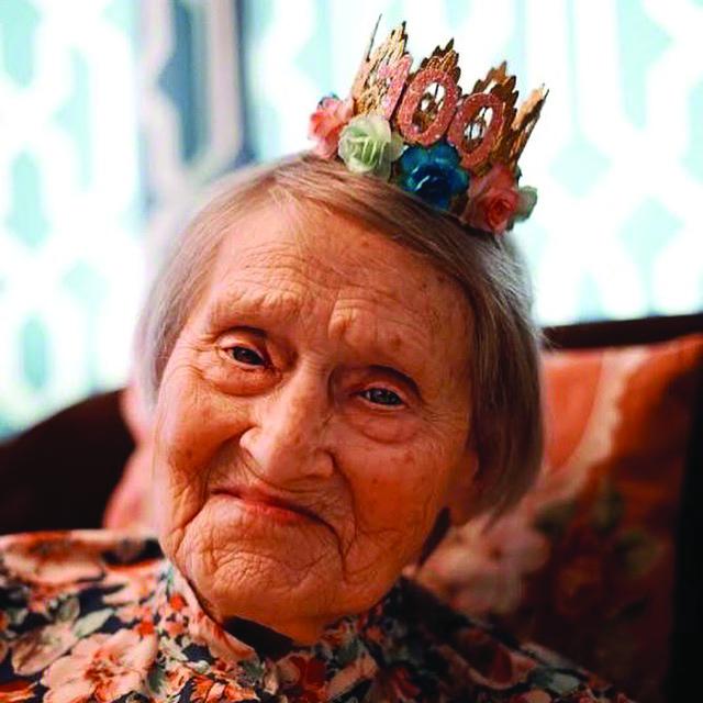 Harriet Littlewood Photo 4C.jpg
