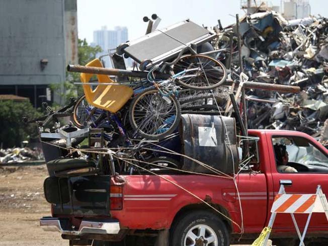 scrap metal truck.jpg