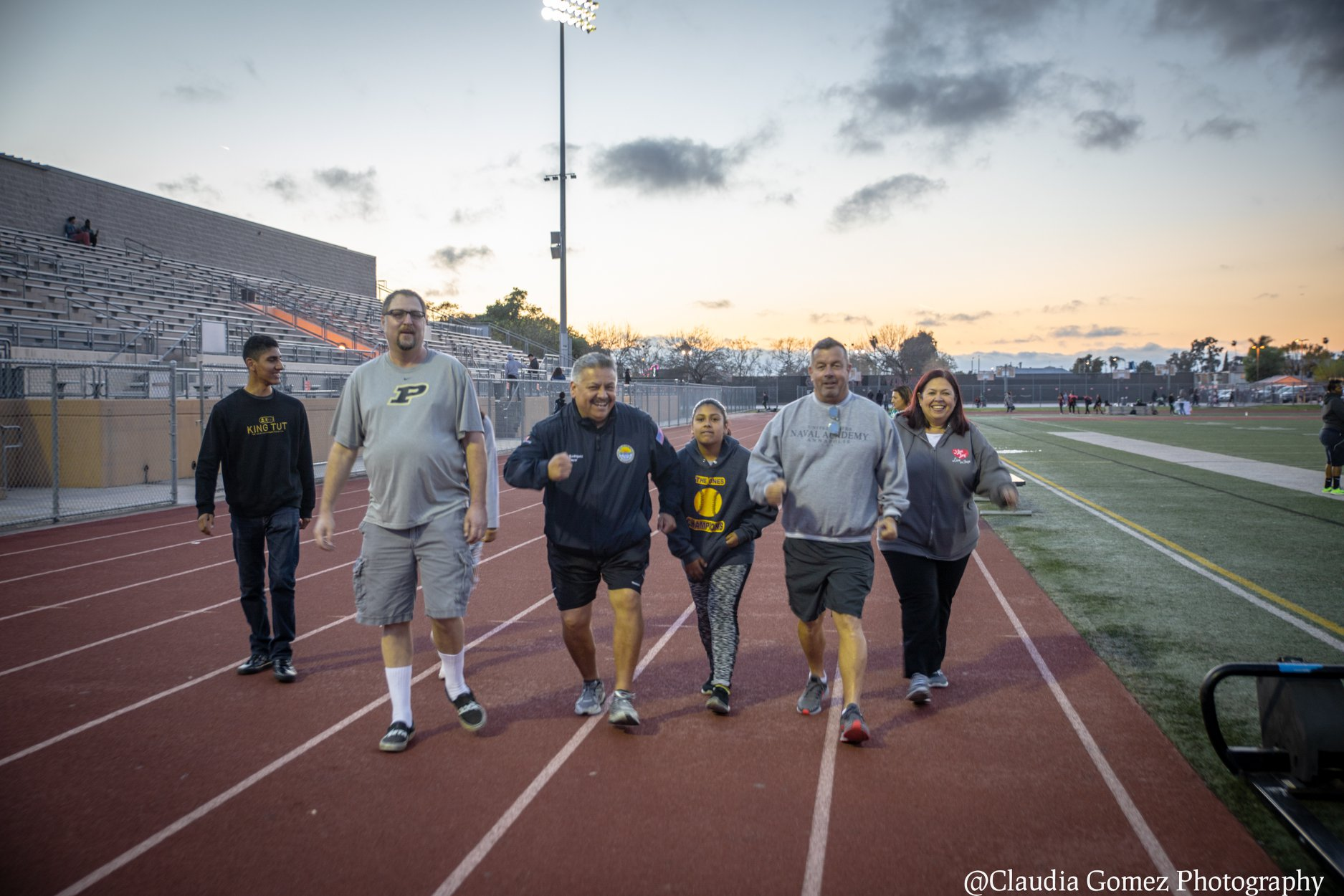 Mayor Rick Rodriguez leads a walk on the Downey High School track. Photo by Claudia Gomez