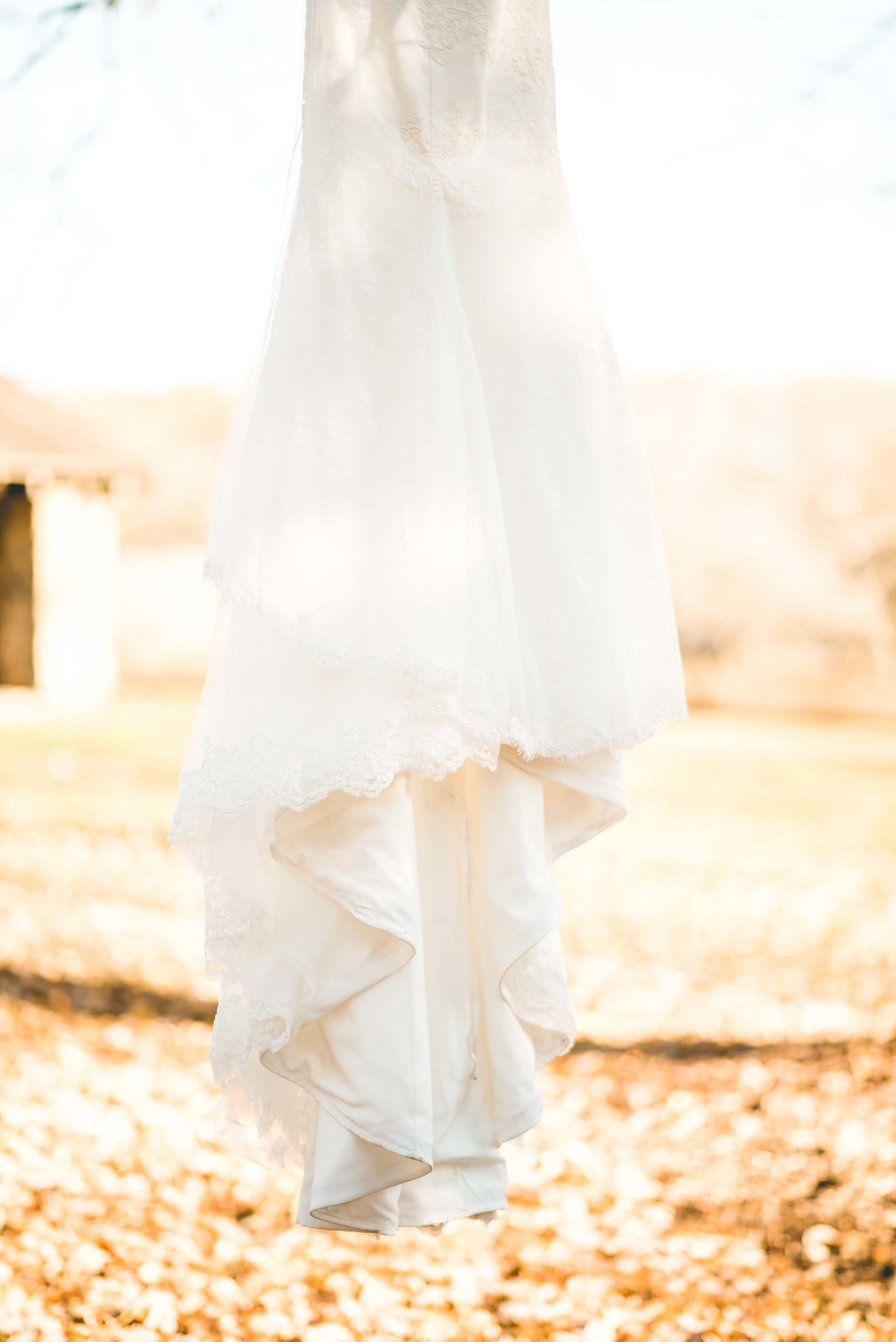 1.   NEW HOPE OUTDOOR WEDDING PHOTOS | LIGHT+ AIRY PHOTOGRAPHY