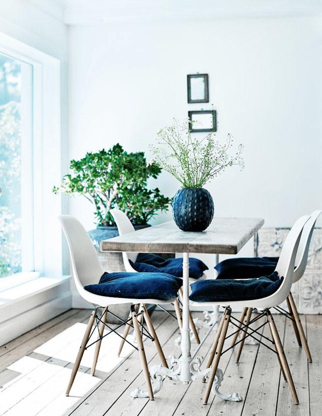 dining blue.jpg