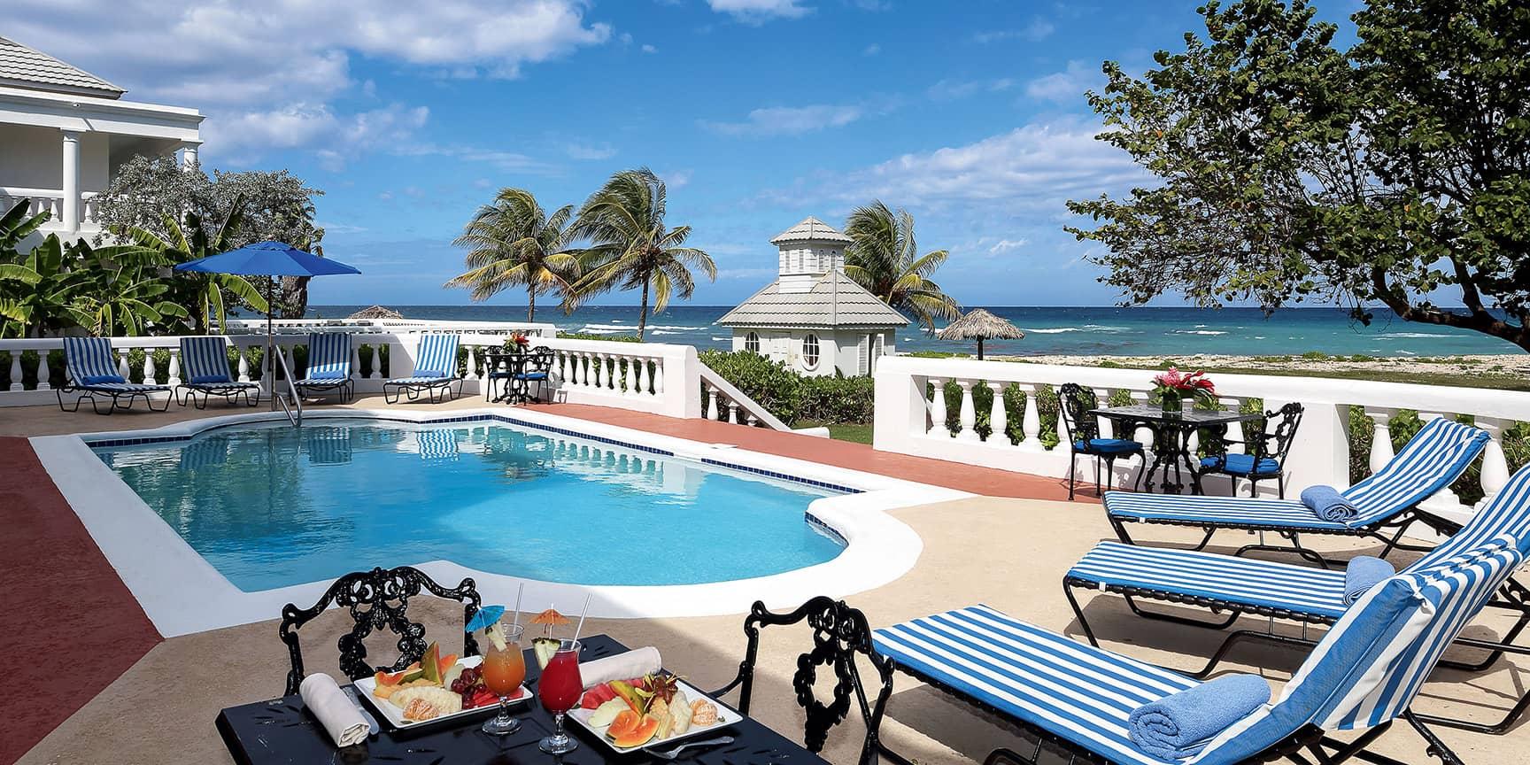 accommodation_villas05.jpg