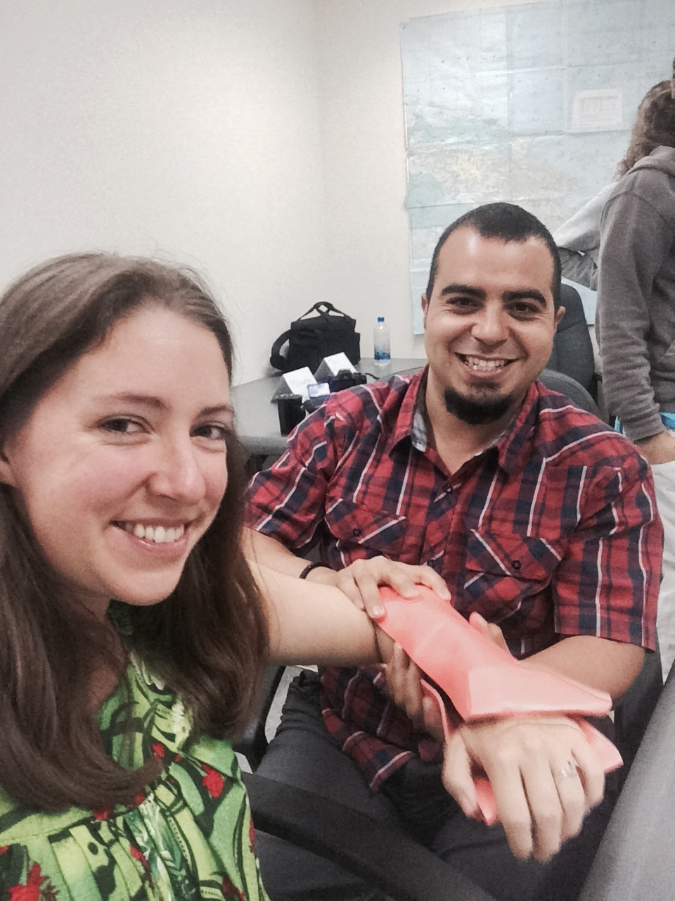 Learning how to use a SAM Splint for a fractured limb.