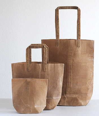Great daily use tote made from waxed canvas.