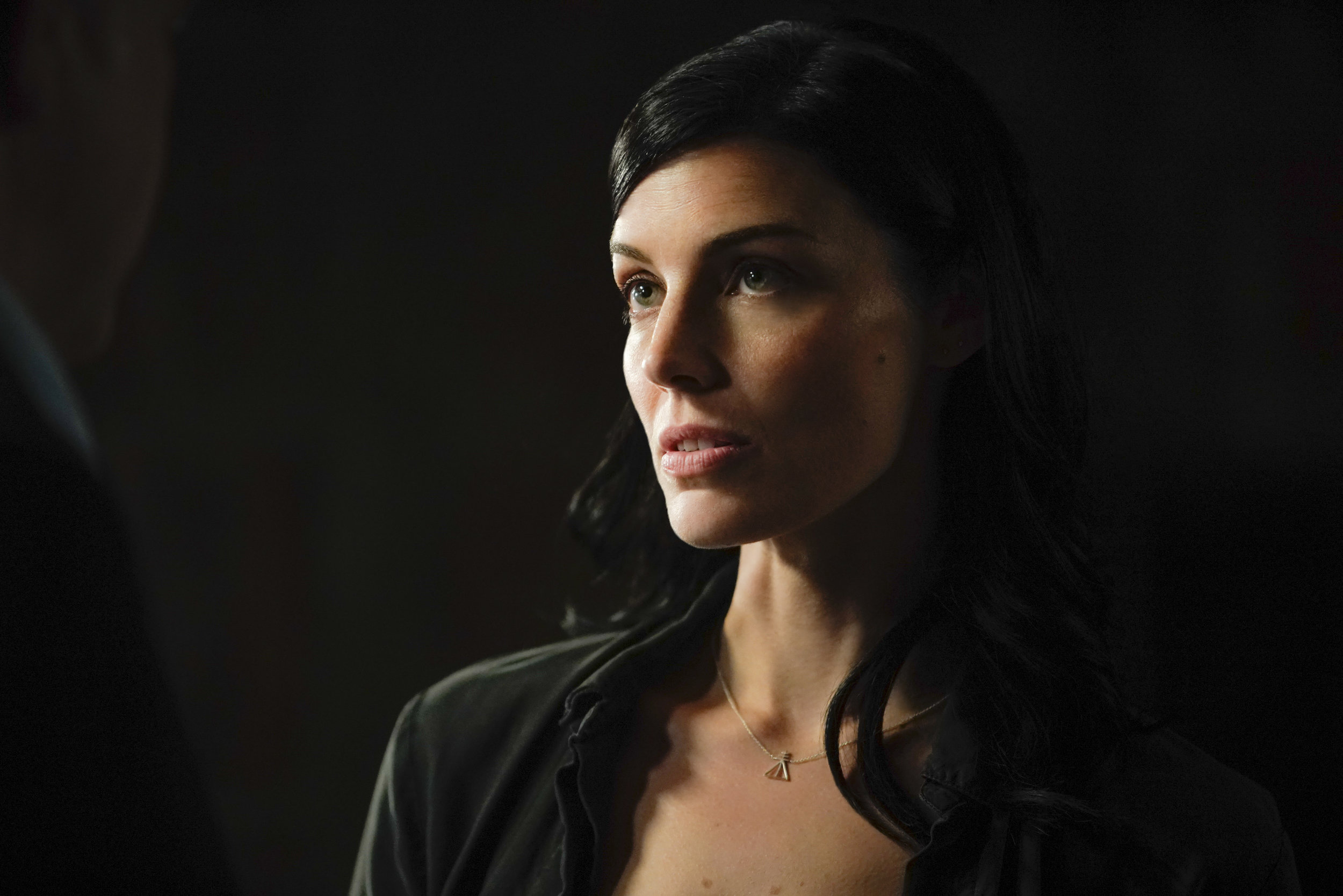 Jess Paré as CIA Analyst Mandy Ellis on SEAL Team on CBS   in the MLH Sigil Necklace in silver    SEAL Team season 1, Fall 2017