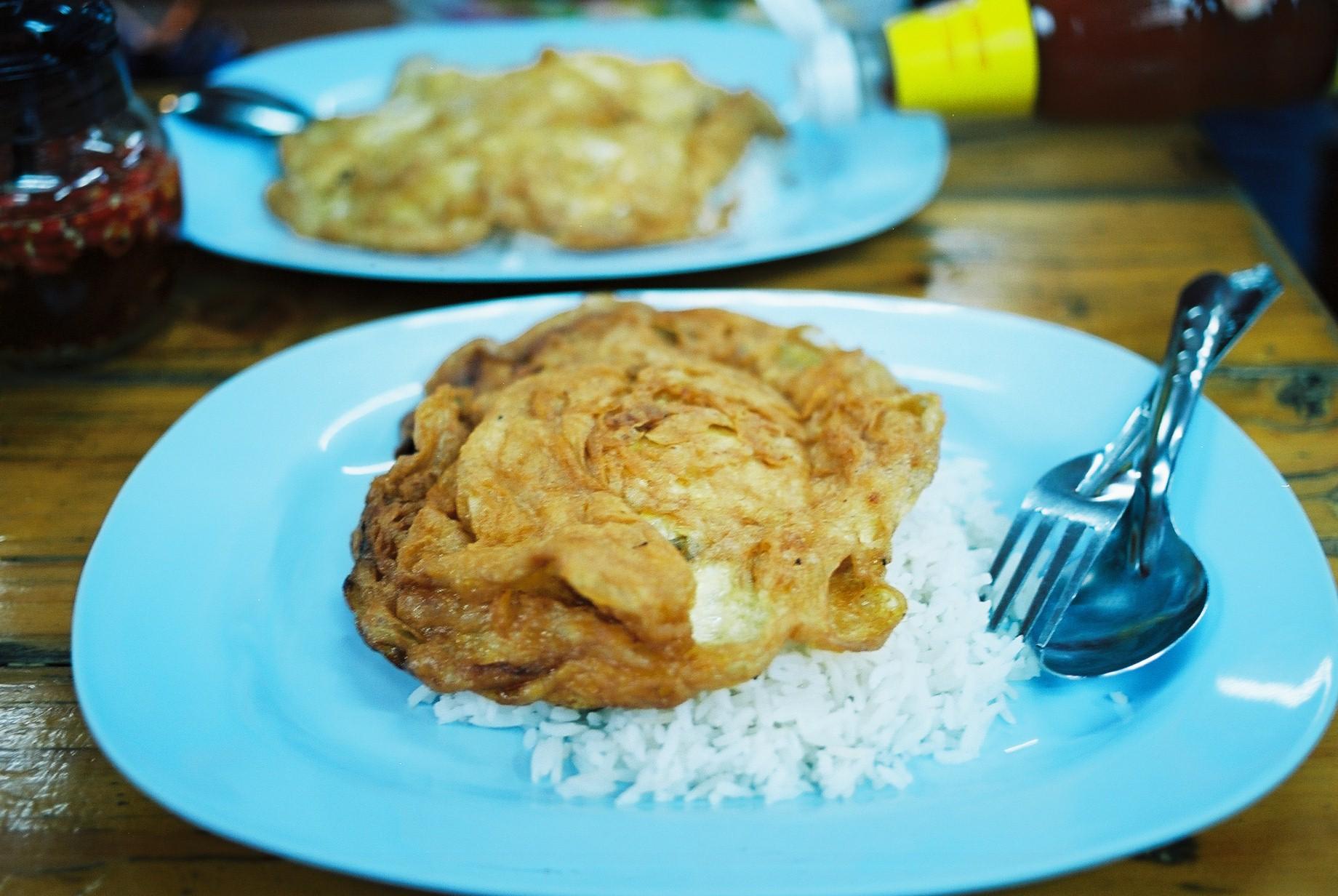 Ektar 100 | Omelette rice atChatuchak Market