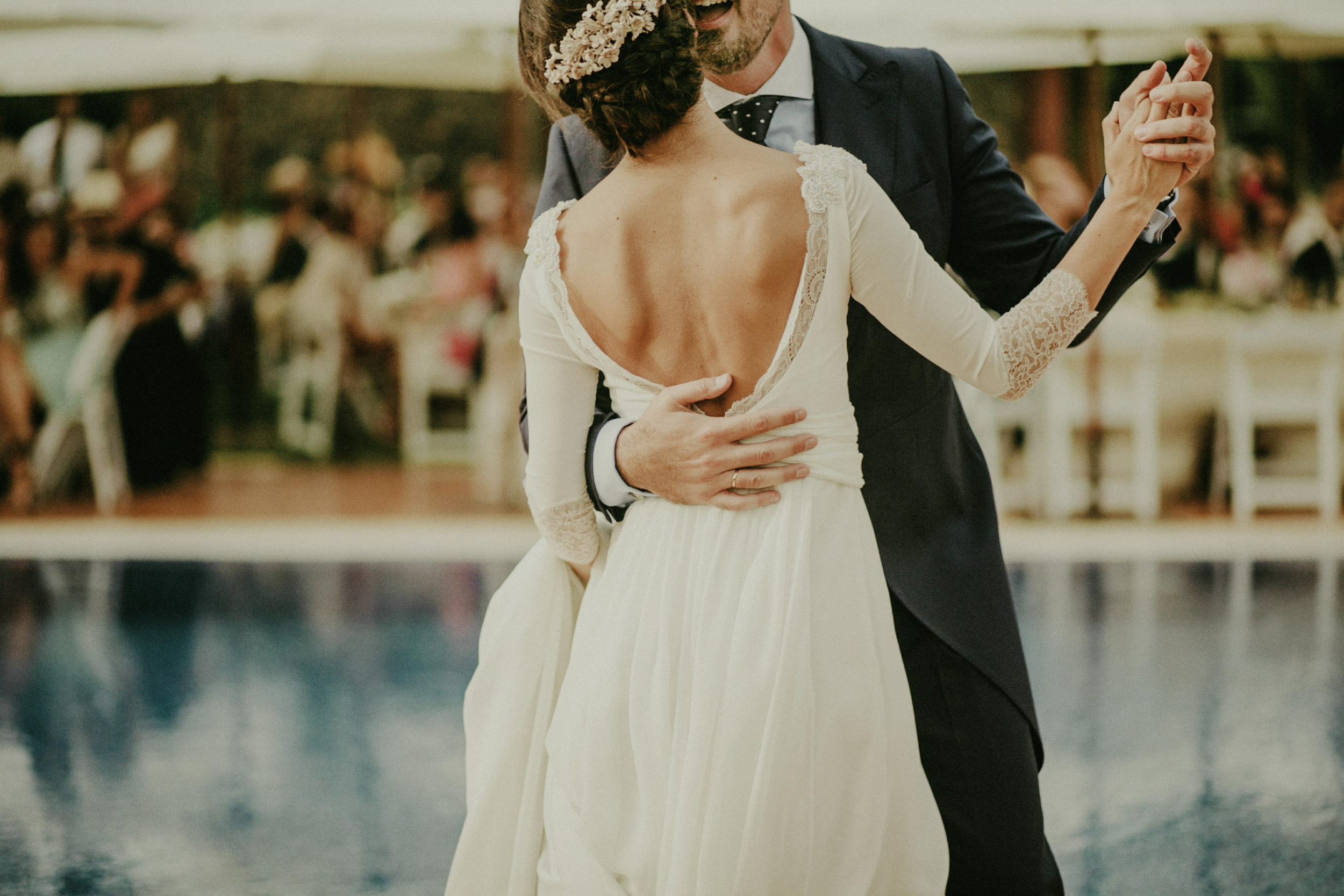 looks_like_film_10questions_donbringas_helenbringas_wedding