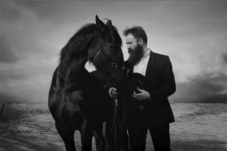 Porträtt utomhus fotograf David Falk Unique Talents