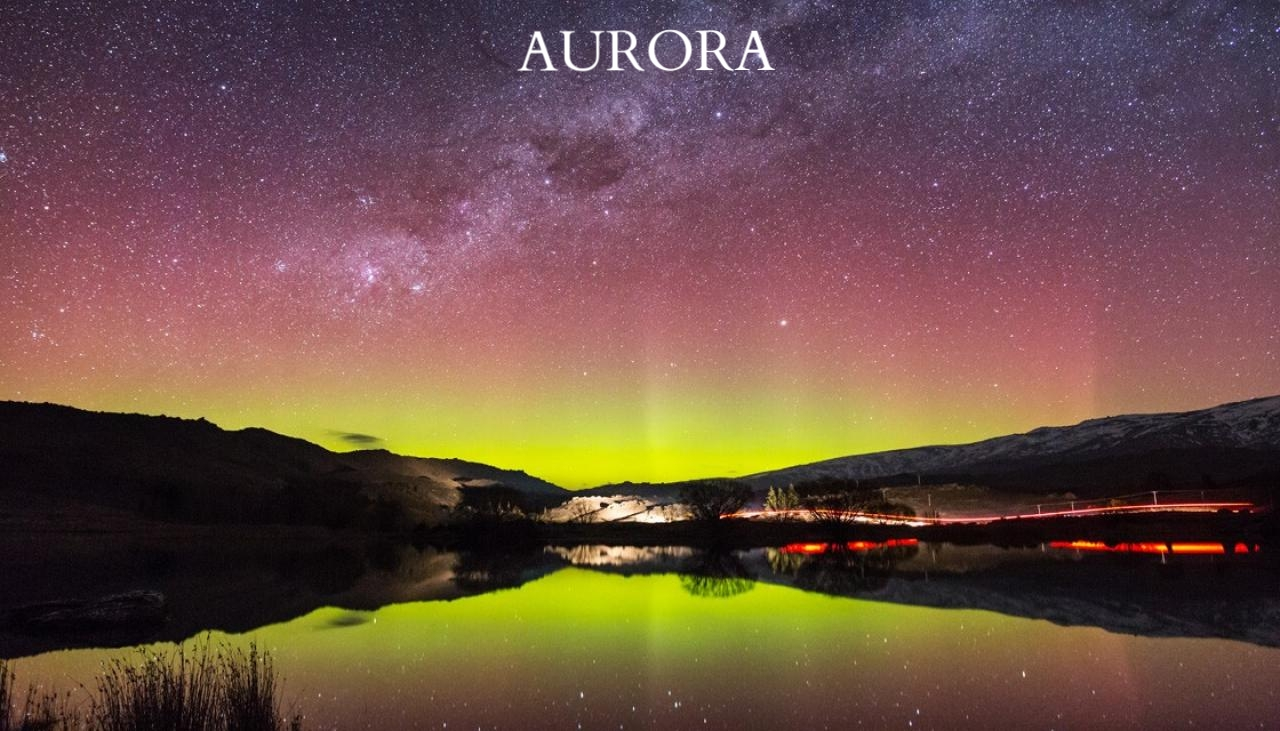 aurora-australis-southern-lights-lake-dunstan-GettyImages-516873095-1120.jpg