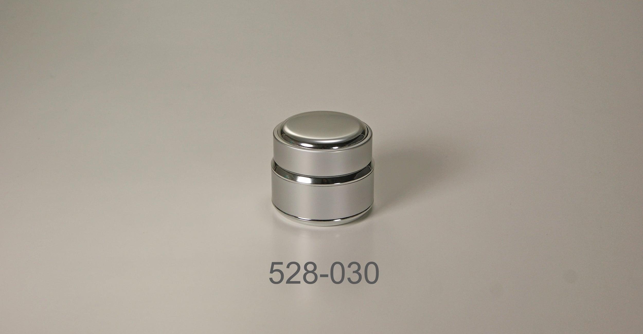 528-030.jpg