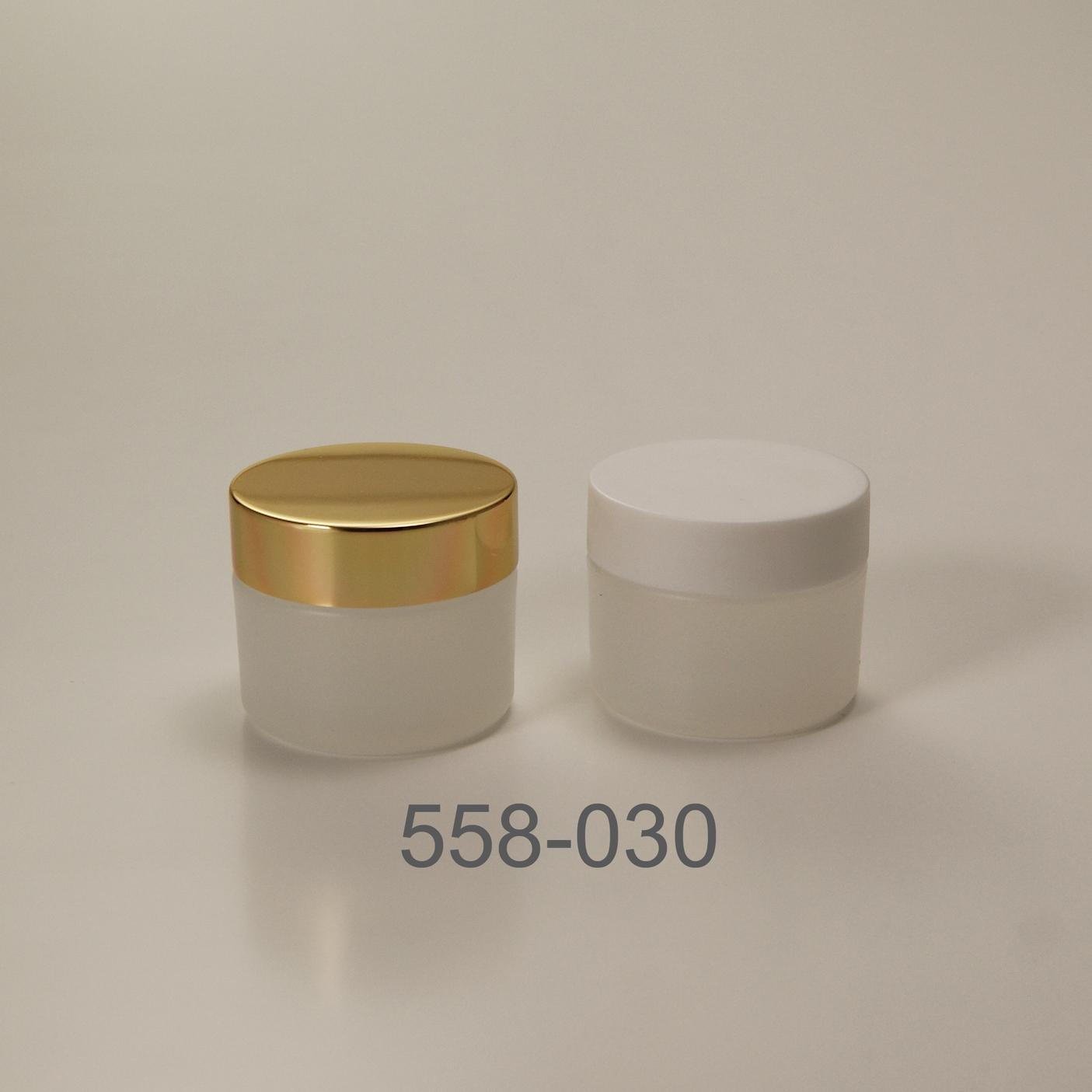 558-030.jpg