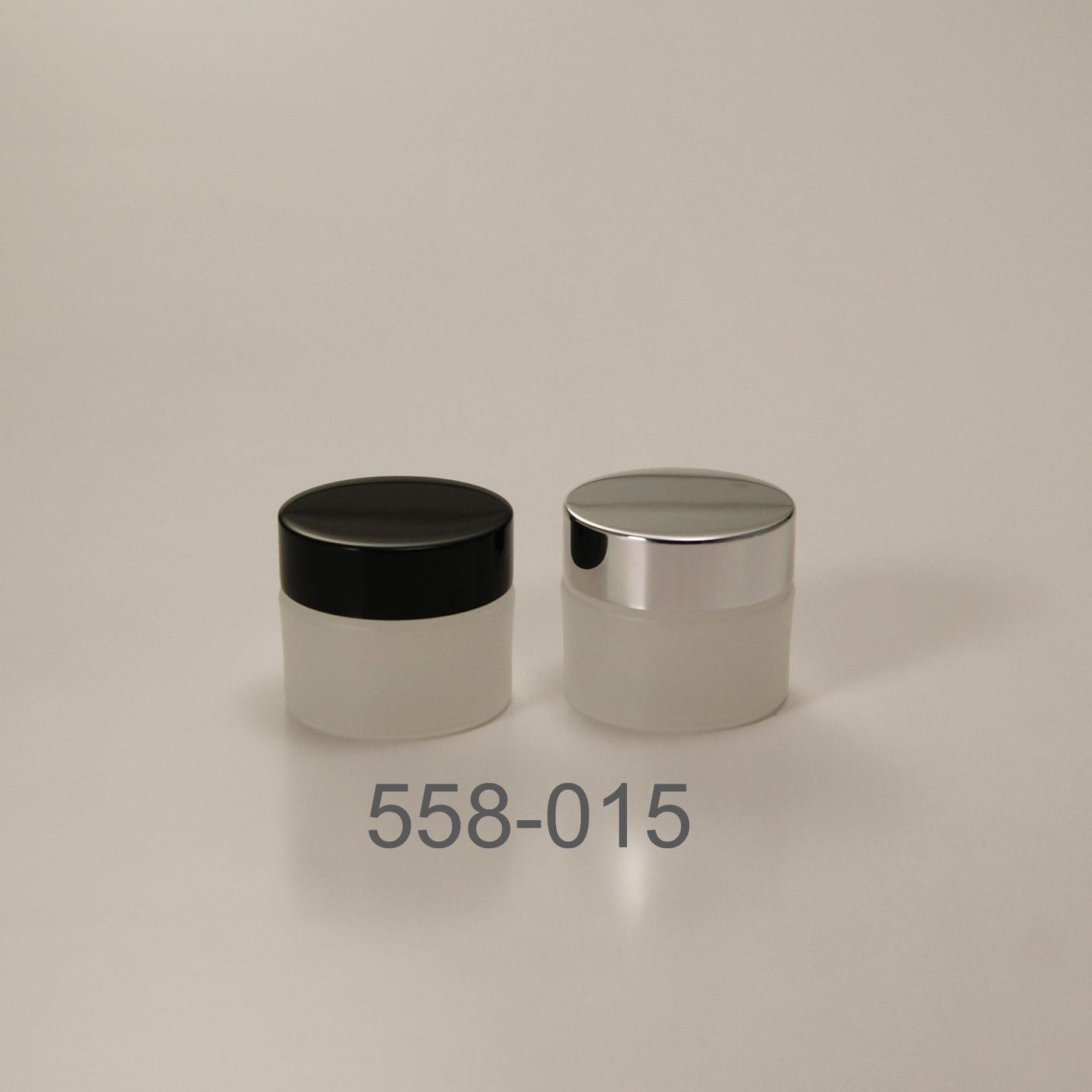 558-015.jpg