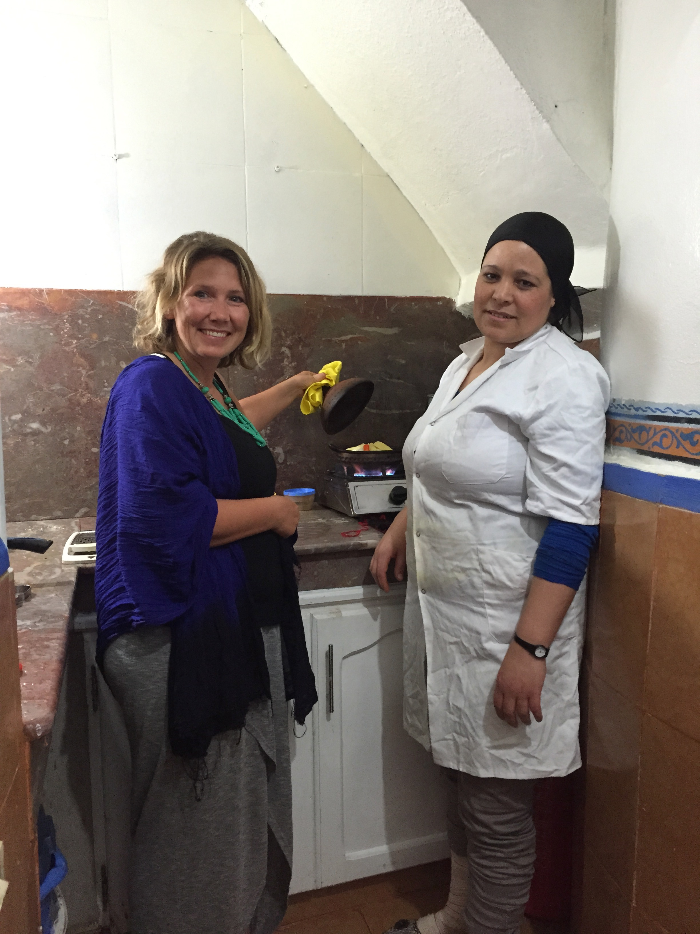 Cooking a Tagine and Learning from Moroccan women