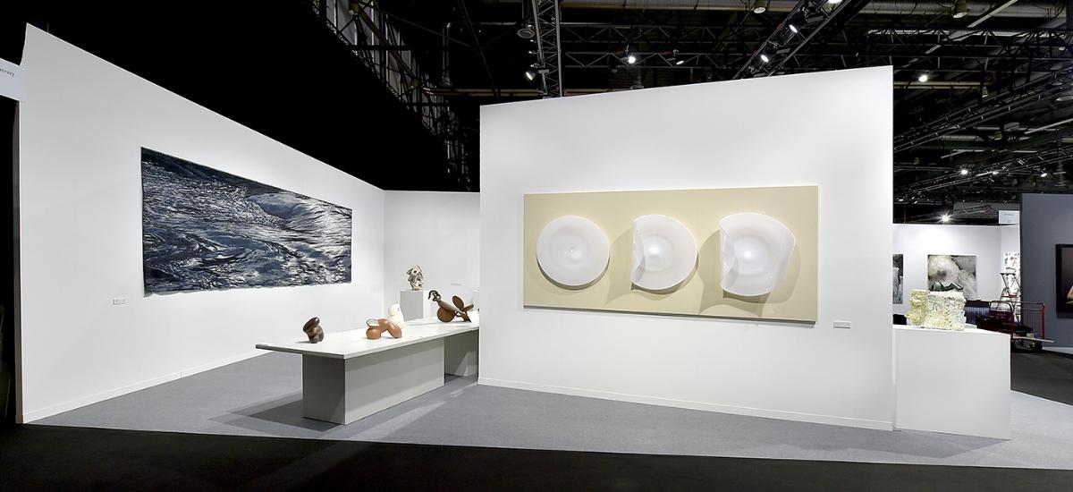 Group Exhibition at artgenéve 2018 featuring work by Kari Dyrdal, Deirdre McLoughlin, Richard Meitner, Adi Toch, Su Xianzhong and Jeremy Maxwell Wintrebert.