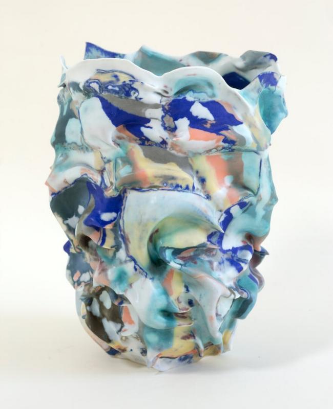 La Femme au Chapeau,  2017 Porcelain, pigments and glaze, 37 H x 26 W x 26 D cm