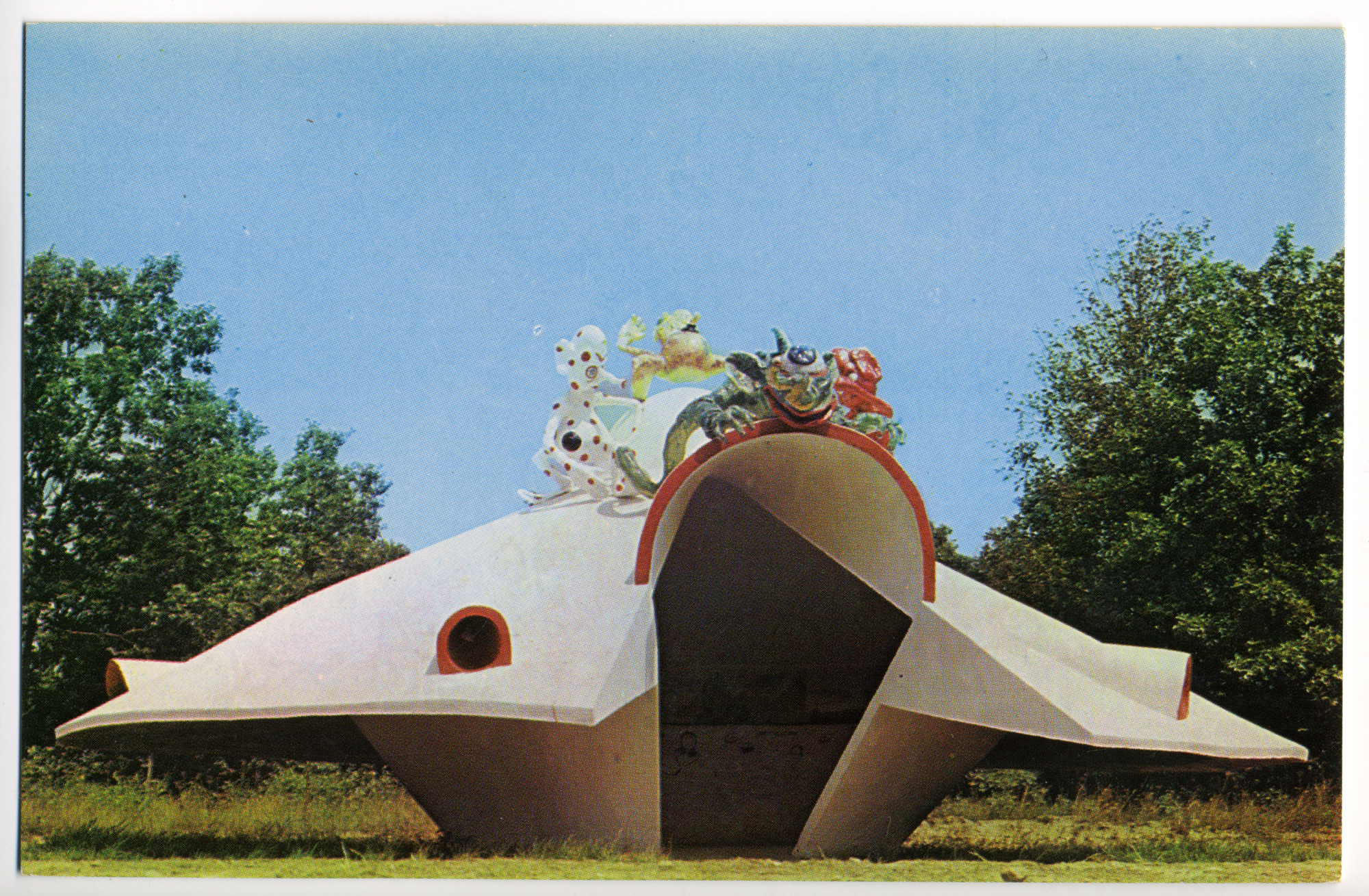Roadside Flying Saucer with Aliens (Fairytown, NY Postcard circa 1970)