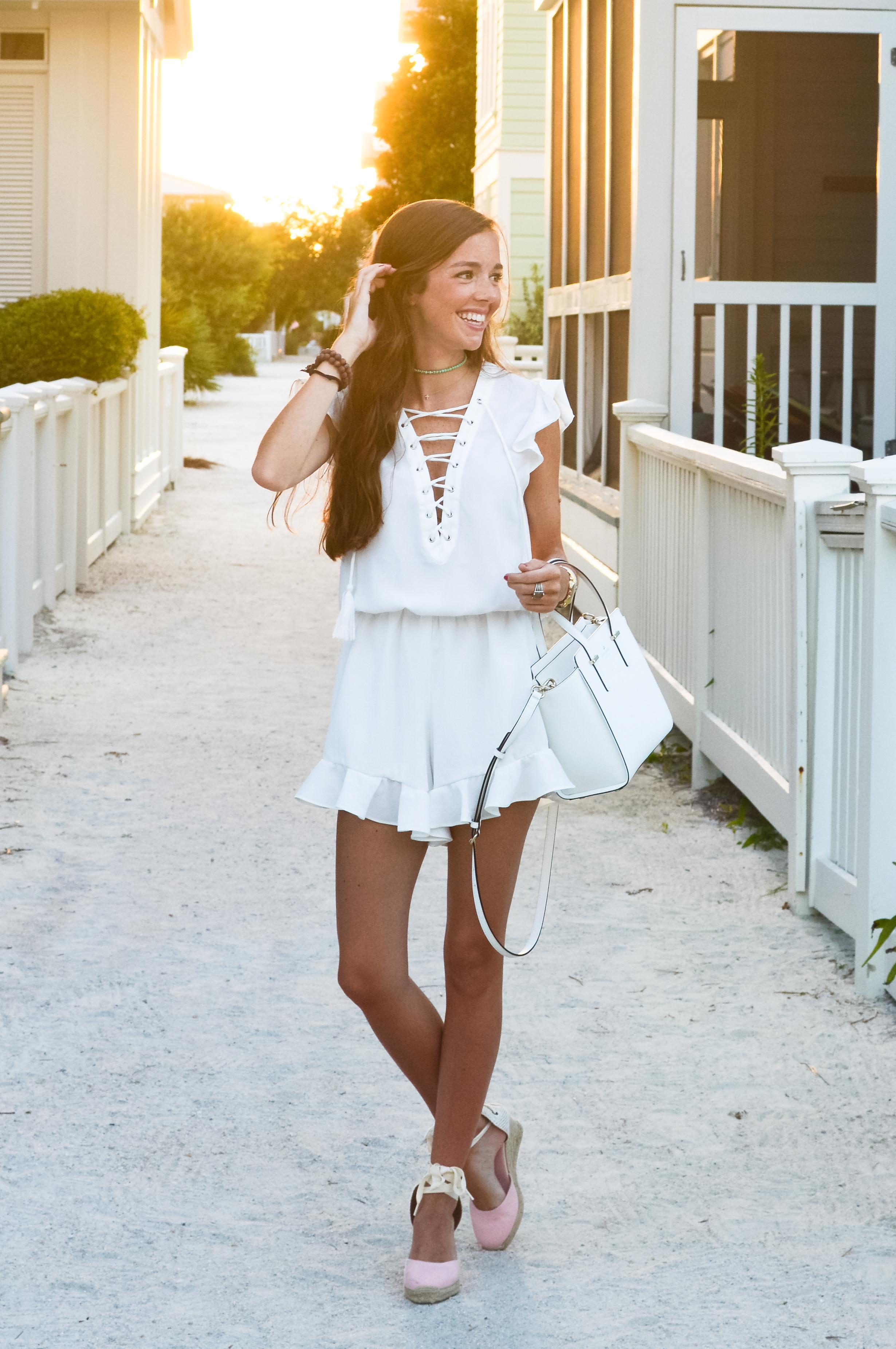 lcb_style_fashion_blogger_whiteromper (1 of 1).jpg