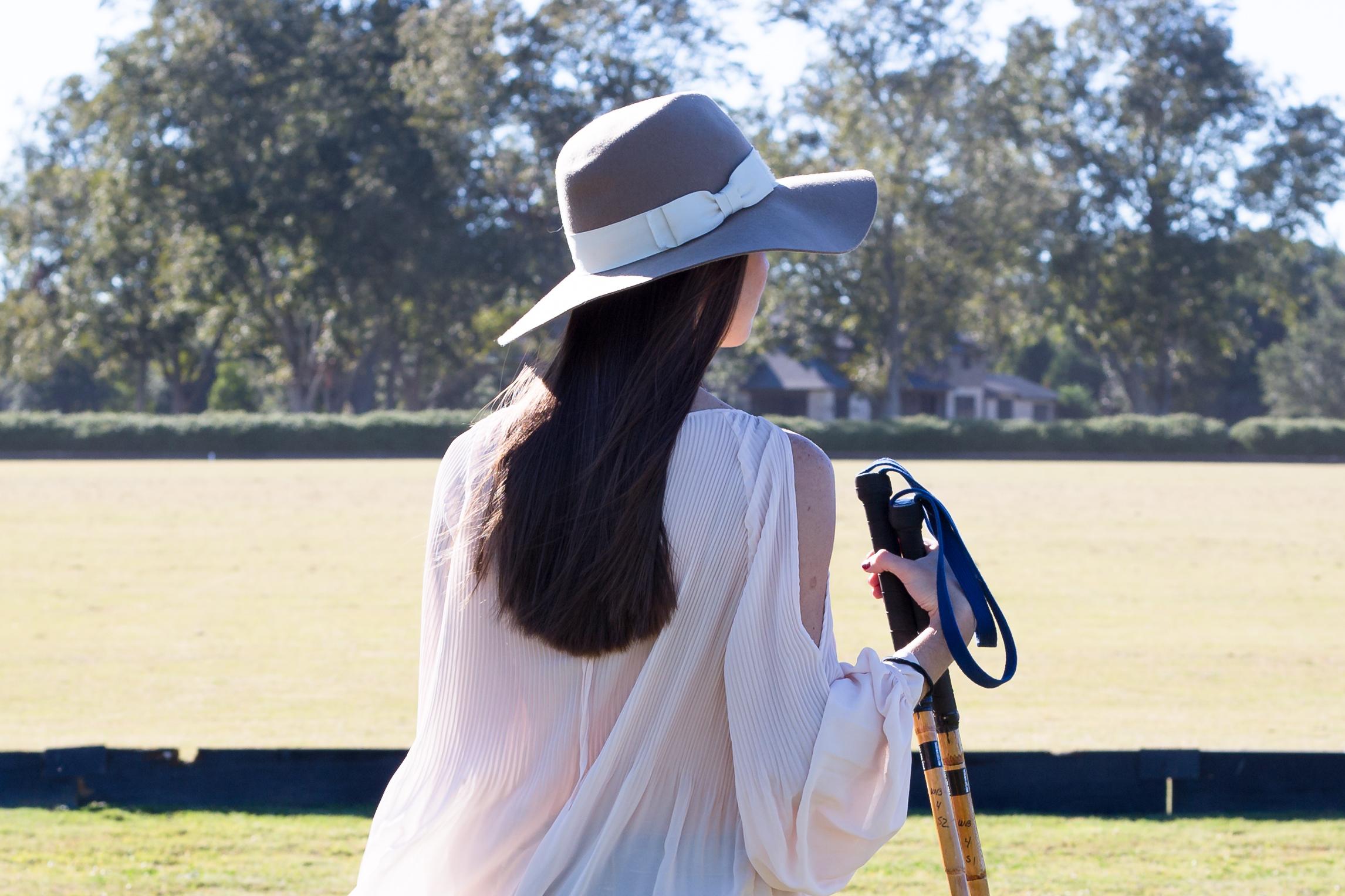 fashion blogger lcb style horse polo fall fashion (3 of 9).jpg