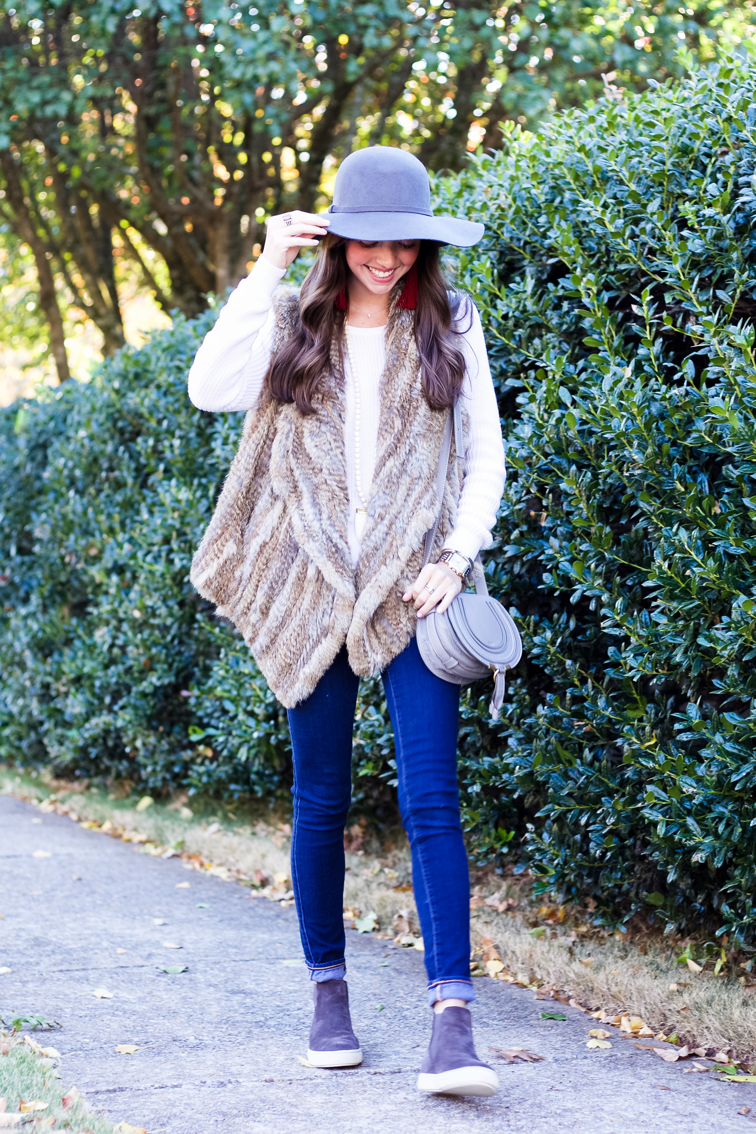 fashion blogger lcb style faul faux fur vince sneakers tassels (16 of 26).jpg
