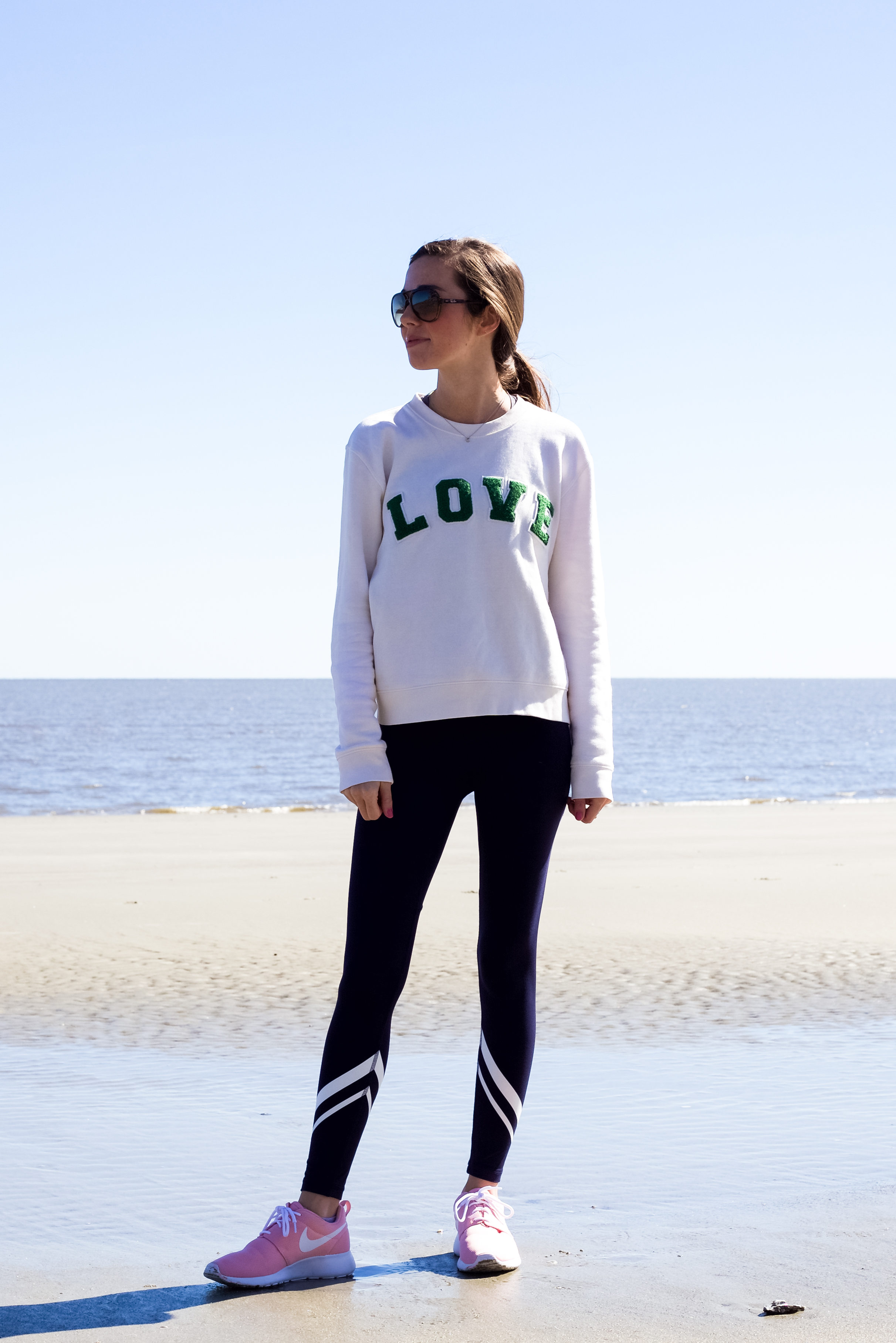 lcb style fashion blogger tory burch tory sport beach sea island nike (17 of 31).jpg