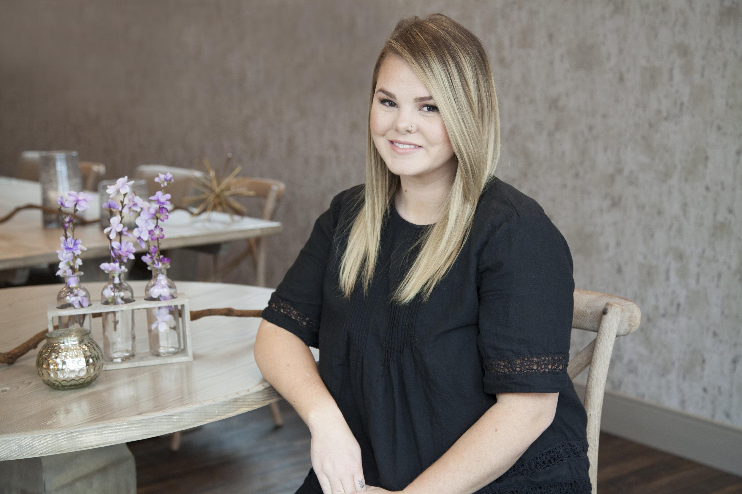 Karolann Kuter, Hairstylist