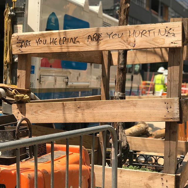 Spotted in New York. Are you helping? Are you hurting? #beinghuman #whatitmeanstobehuman #thehumanexperience #humanconnection #notestostrangers #streetart #payattention #love #newyork #nyc #newyorkcity