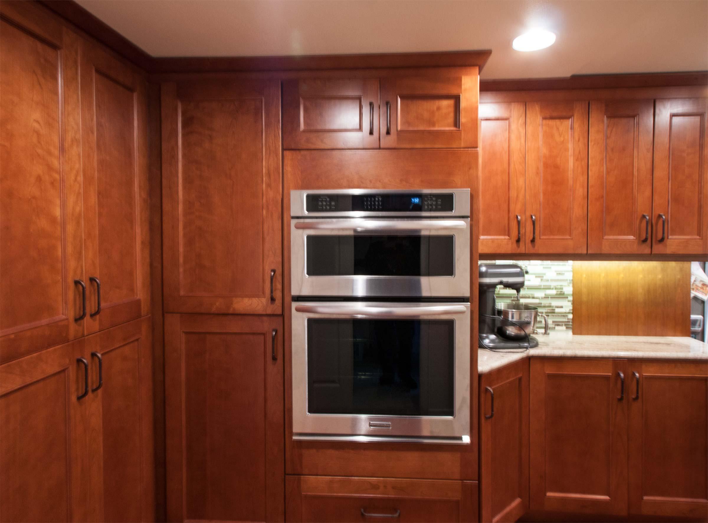 craftsman_style_kitchen_cabinets_weinandt_kitchen_cabinets___olympia_wa___cabinets_by_trivonna.jpg