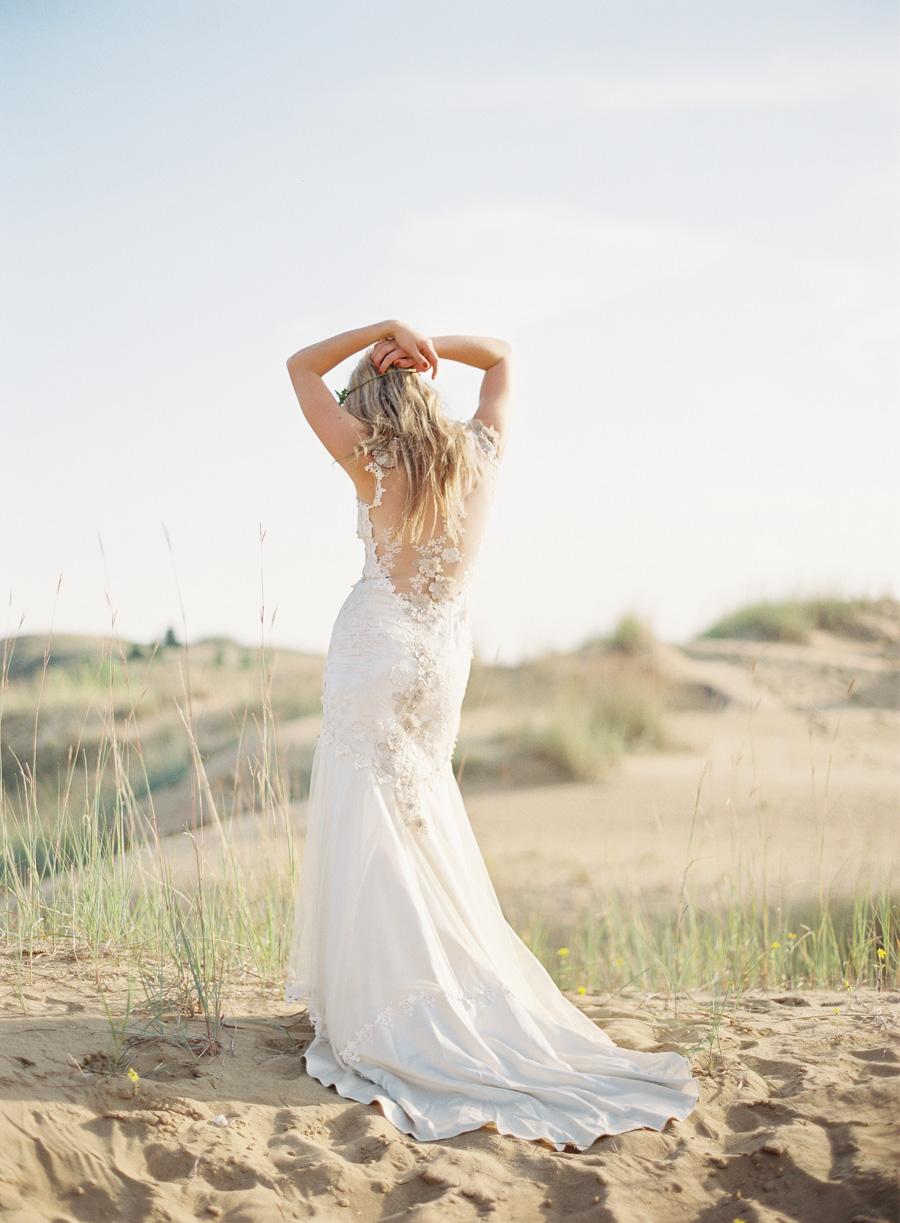 Claire-Pettibone-Gown-Dunes-Shoot