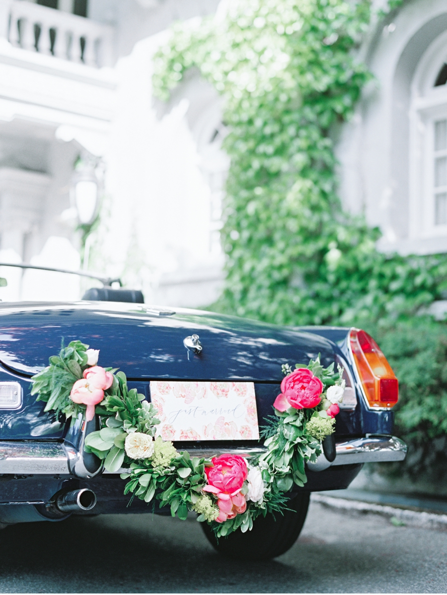 Vintage-Car-with-Florals-Hycroft-Manor