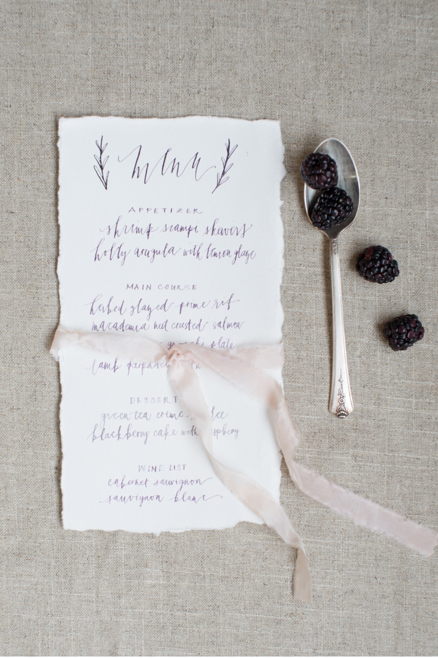 16. A berry-inspired shootand with calligraphy by  Written Word Calligraphy  and photos by  Christie Graham Photography  . Check out the full shoot  here  .